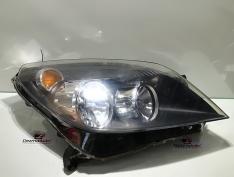 Far dreapta, Opel Astra H combi