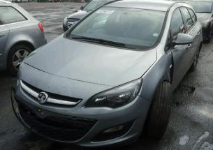 Vindem piese de caroserie Opel Astra J sports tourer, 1.6cdti