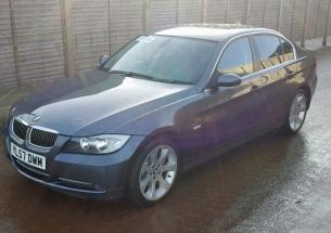 Vindem piese de interior BMW 3 (E90) 3.0 D
