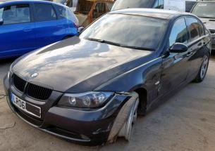 Vindem piese de motor BMW 3 (E90) 2.0 D