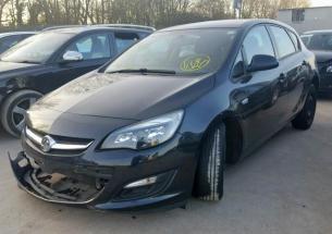 Vindem piese de interior Opel Astra J, 1.4 BENZ, A14XER din dezmembrari