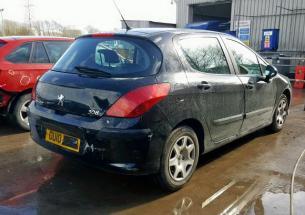Vindem piese de caroserie Peugeot 308 hatchback, 1,6 HDI 9HP din dezmembrari