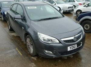 Vindem piese de caroserie Opel Astra J, 1.6benzina