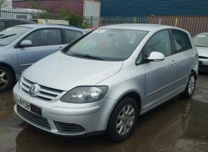 Vindem piese de interior Vw Golf Plus 1.4benzina
