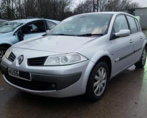 Vindem piese de interior Renault Megane 2, 1,6benzina