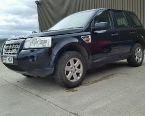 Vindem piese de caroserie Land Rover Freelander 2.0diesel