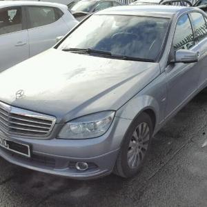 Dezmembrez Mercedes Clasa C220 (W204)