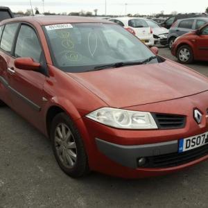 Dezmembrez Renault megane 2, 1.6B