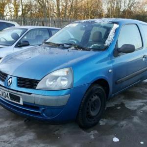 Dezmembrez Renault Clio 2004, 1.2benzina